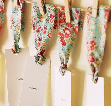 Etiquetas mesas de boda nombres invitados personalizadas