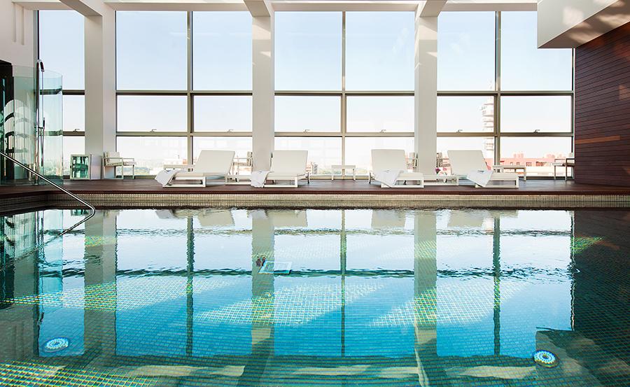 Hotel reina petronila blog de bodas de palafox hoteles for Piscina palafox zaragoza